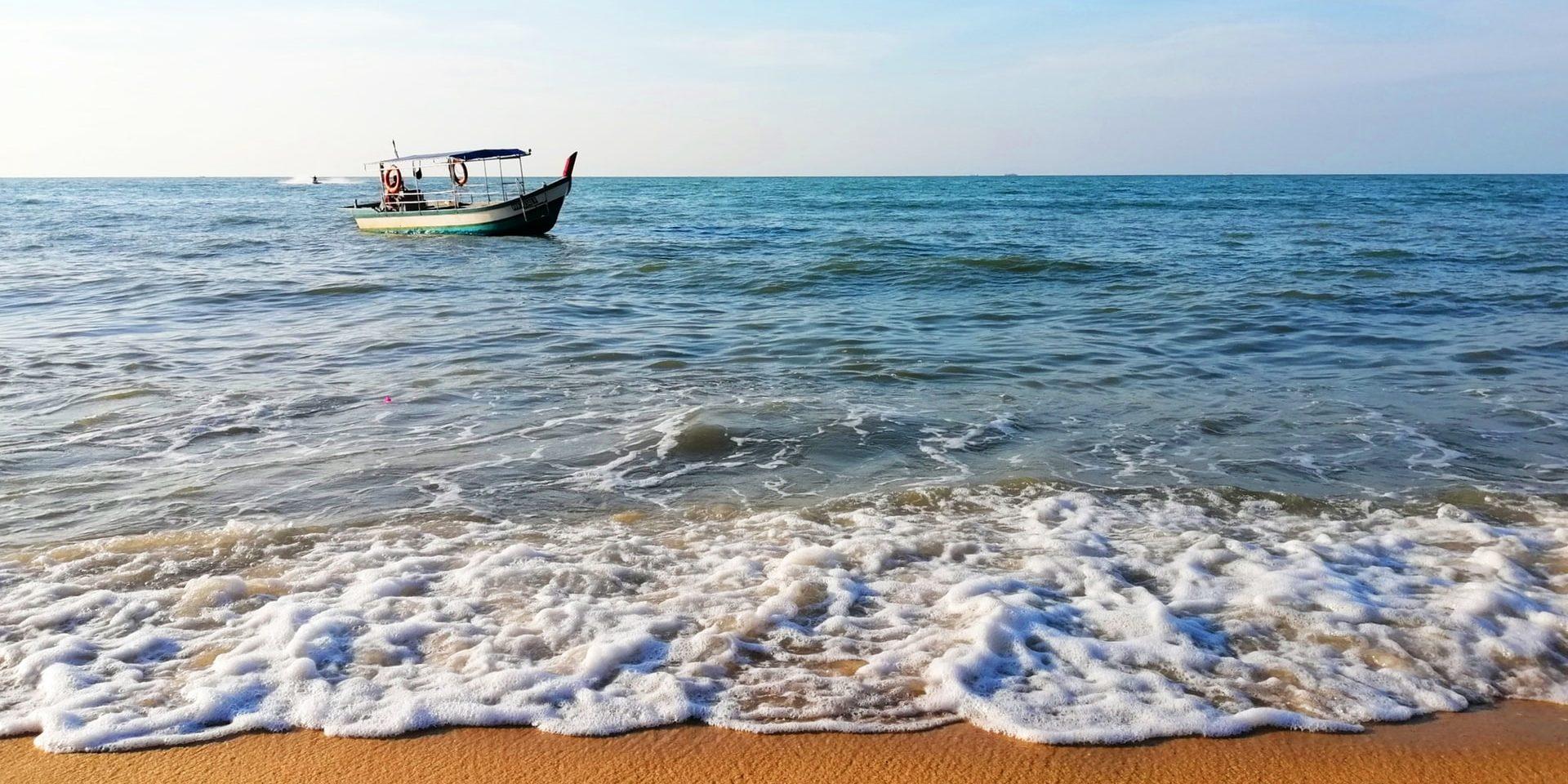 Ocean, boat