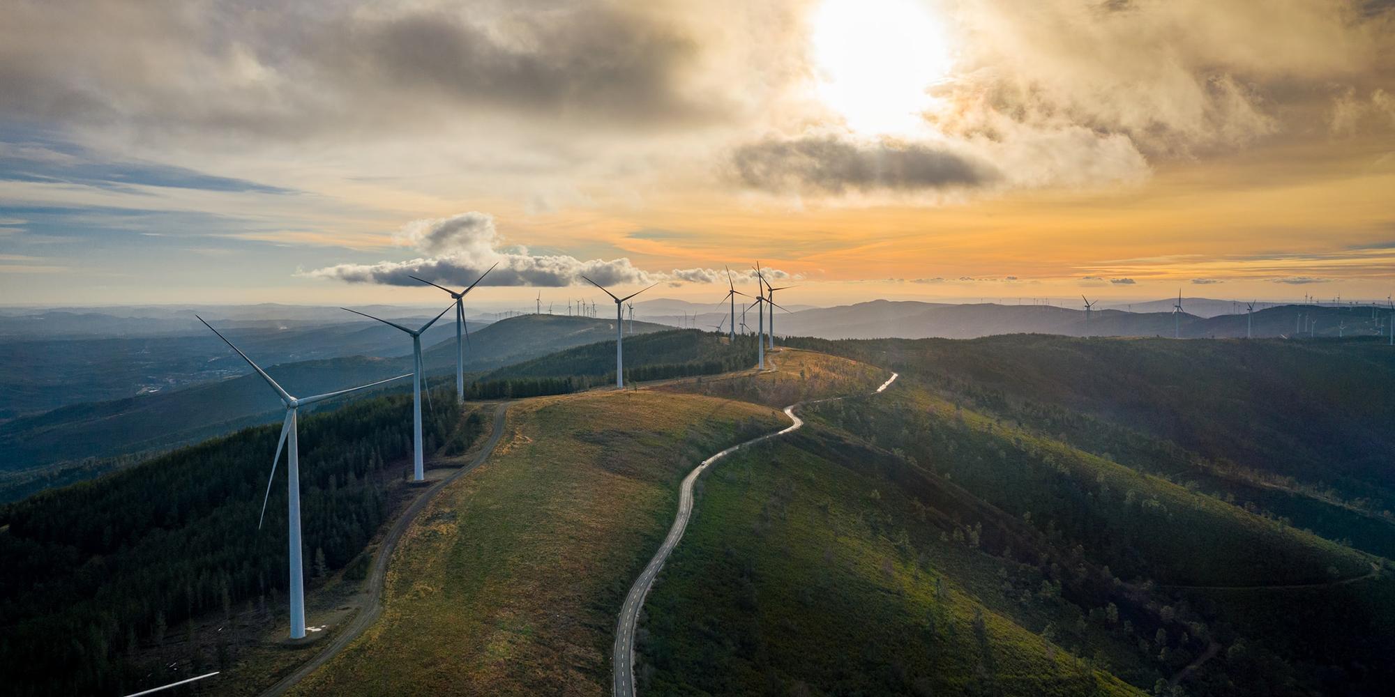Wind turbines, Lousa