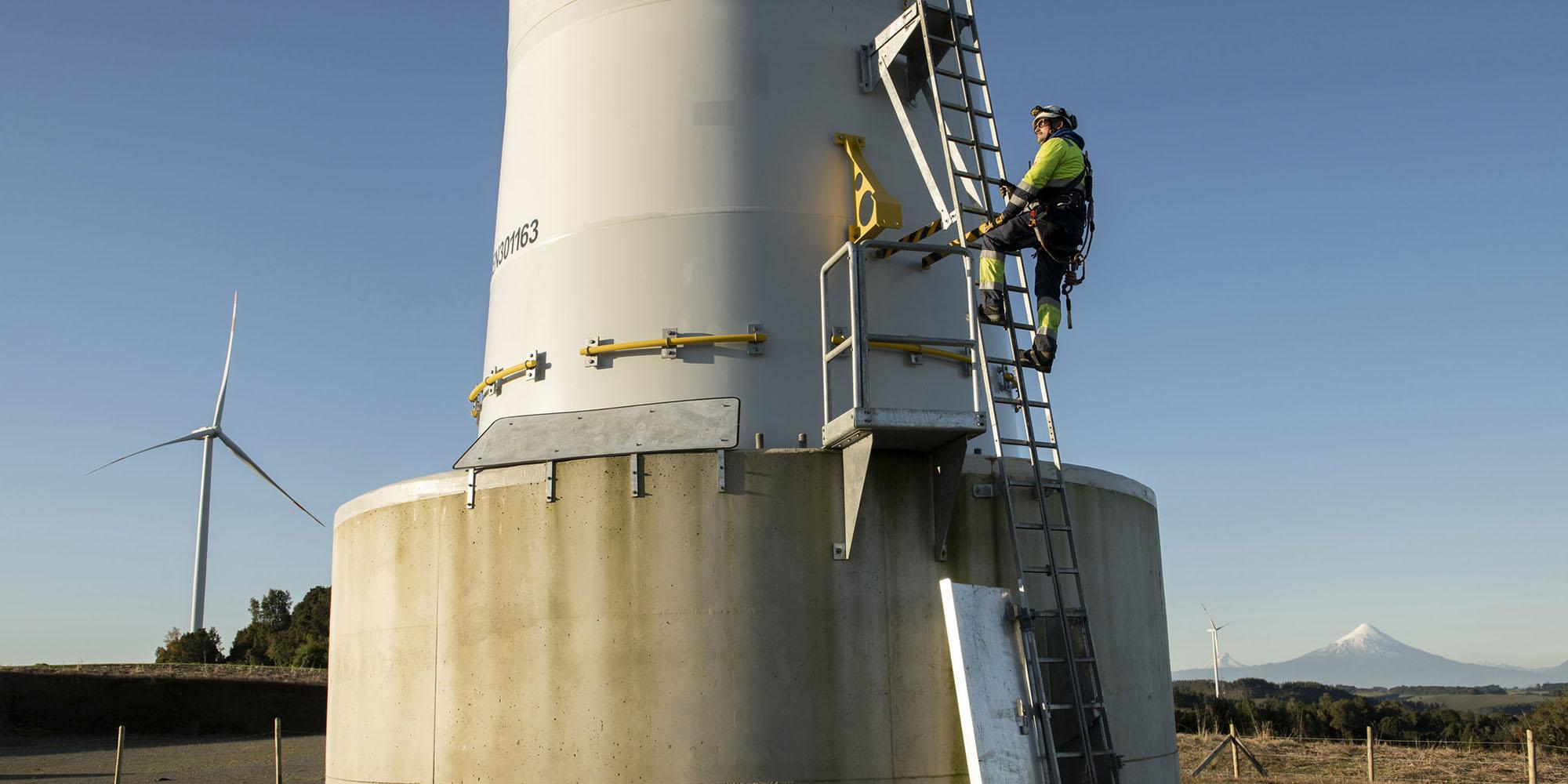 Wind turbine worker Chile